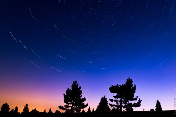 Pose longue sur un ciel étoilé